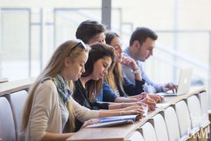 Zasady uczęszczania na lektoraty w Studium Językowym UAM